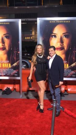 bf6c509506100 A Brasileira Carolina Brasil que reside um pouco mais de 1 ano em Lós  Angeles vai a Premiere do Filme MISS BALA Com Gina Rodriguez .