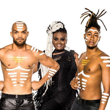 O grupo Confraria da Música recebe o cantor DJA LUZ e a banda Timbalada  Séc. XXI na próxima terça-feira 0d48b024bad4b