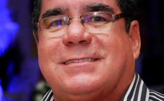 51ce693e018eb O querido colunista social Antônio José Larangeira comemora a chegada de  mais uma primavera. (Crédito  Divulgação)